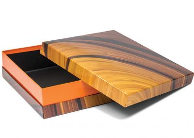 Doos van omplakte kartonnage met doos en deksel halsdoos voor Oranje Furniture Care